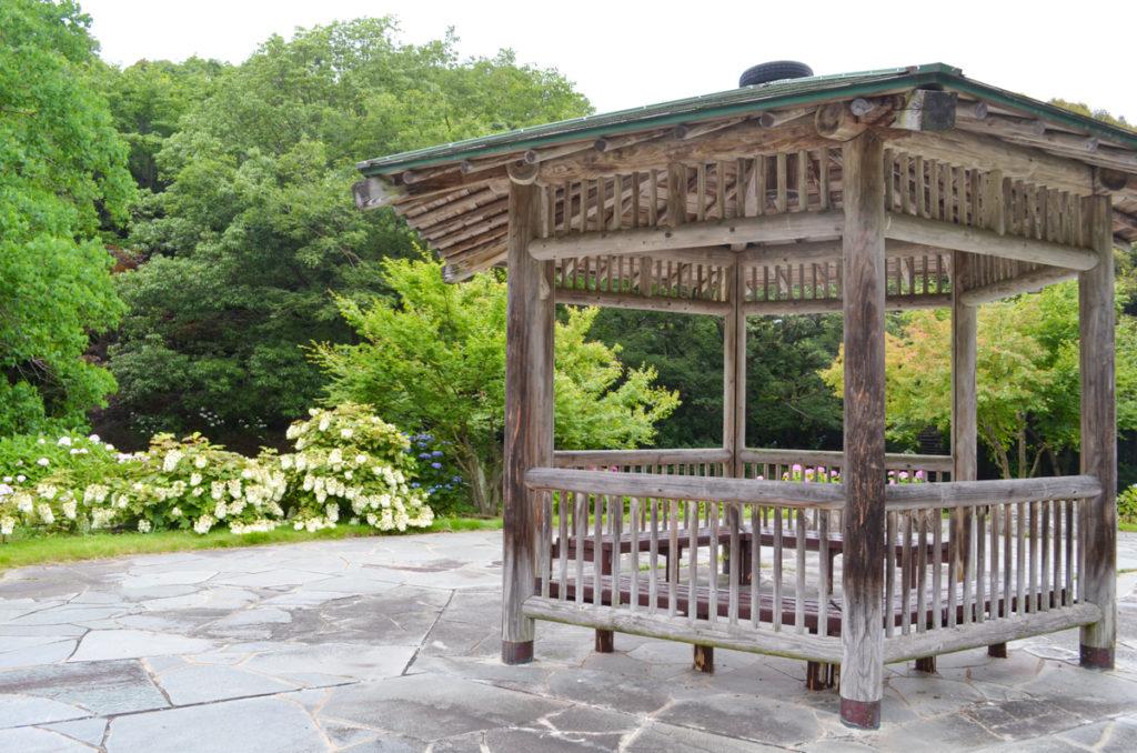 江汐公園の東屋